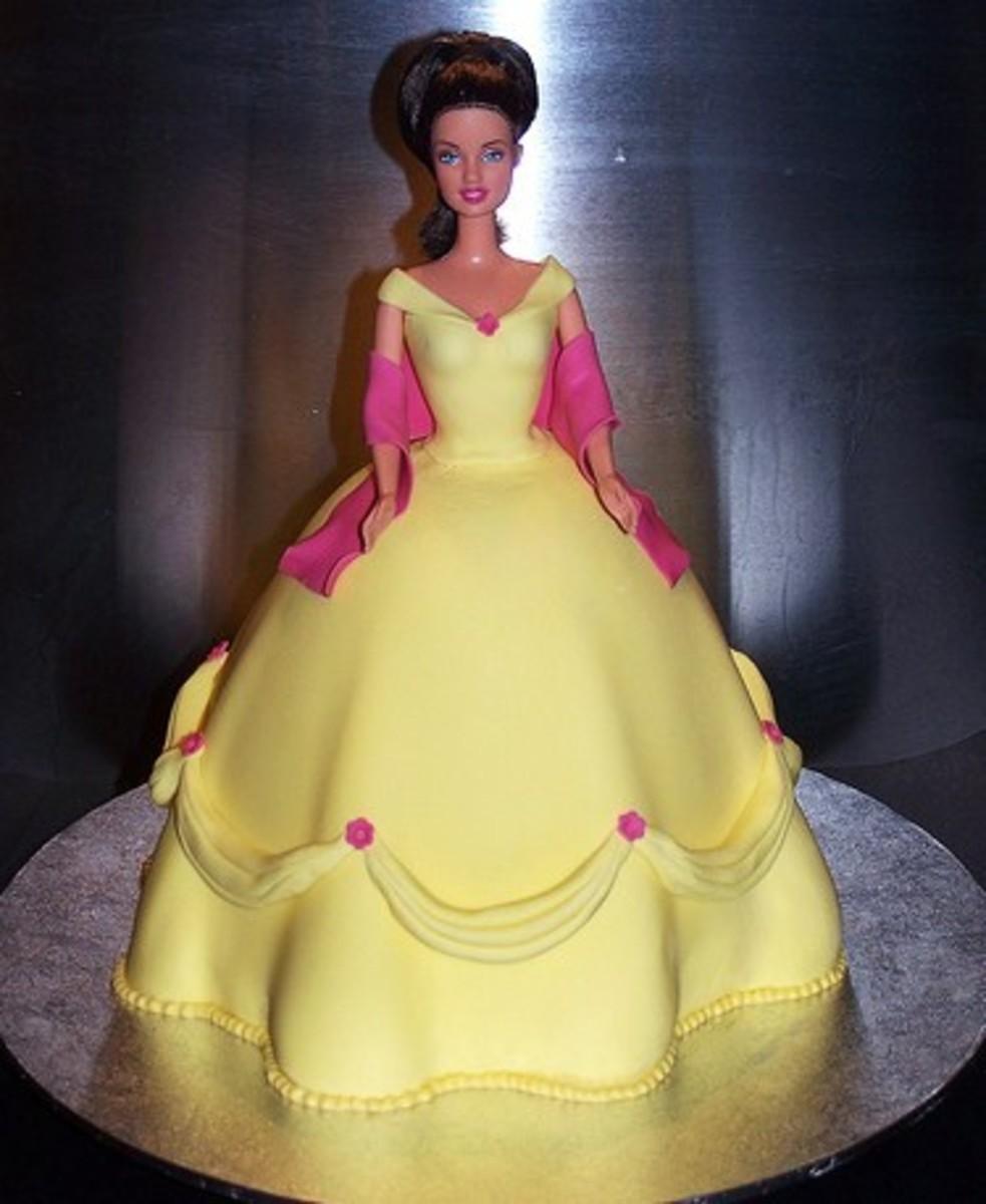 Как сделать торт виде принцессы видео на русском