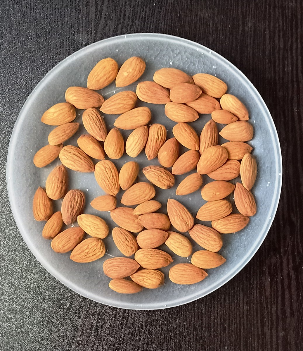 Almond Nutrition & Health Benefits