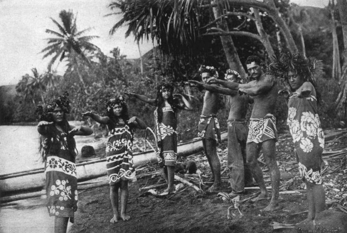 1909 Indigenous dancers.