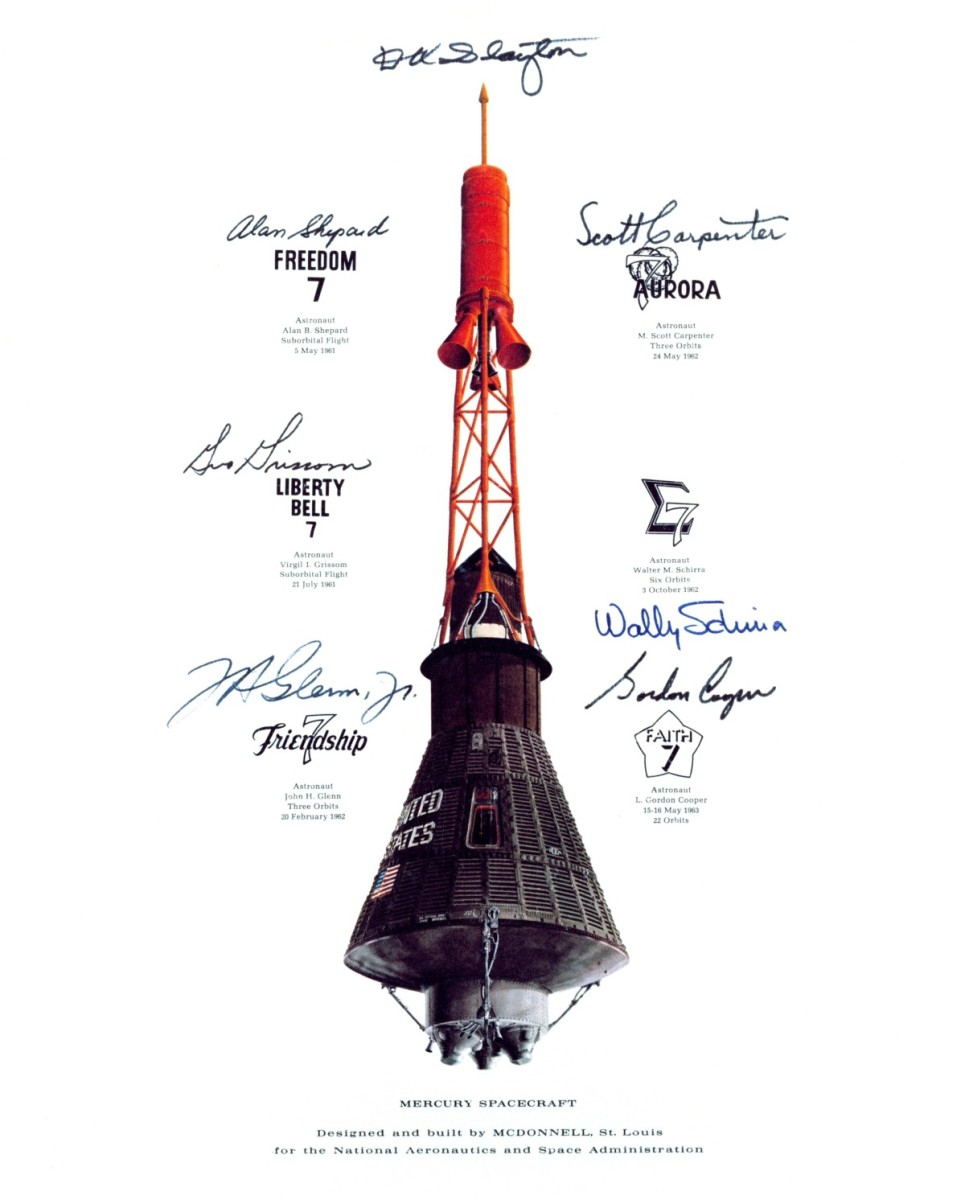 Mercury Spacecraft with escape tower attached. Image courtesy of NASA.