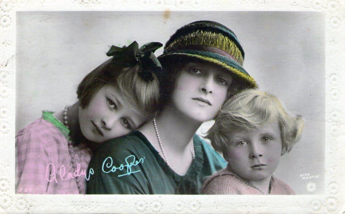 Hand Tinted Vintage Postcard Gallery