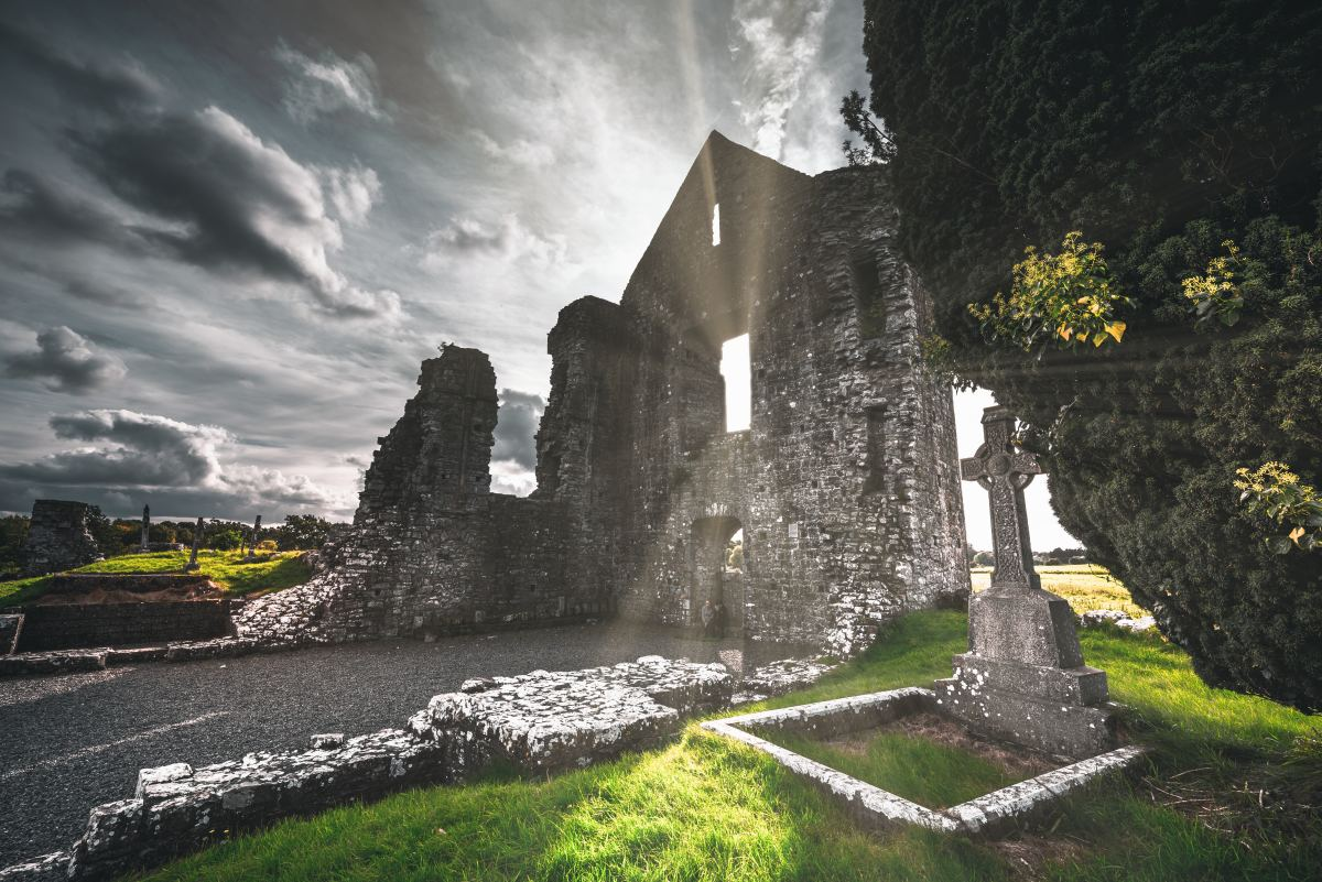 Christianity first reached Ireland towards the end of the Roman Empire, indicating that cultural contacts existed between Ireland and the Roman world.