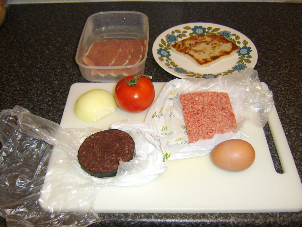 The Ingredients of a Full Scottish Breakfast