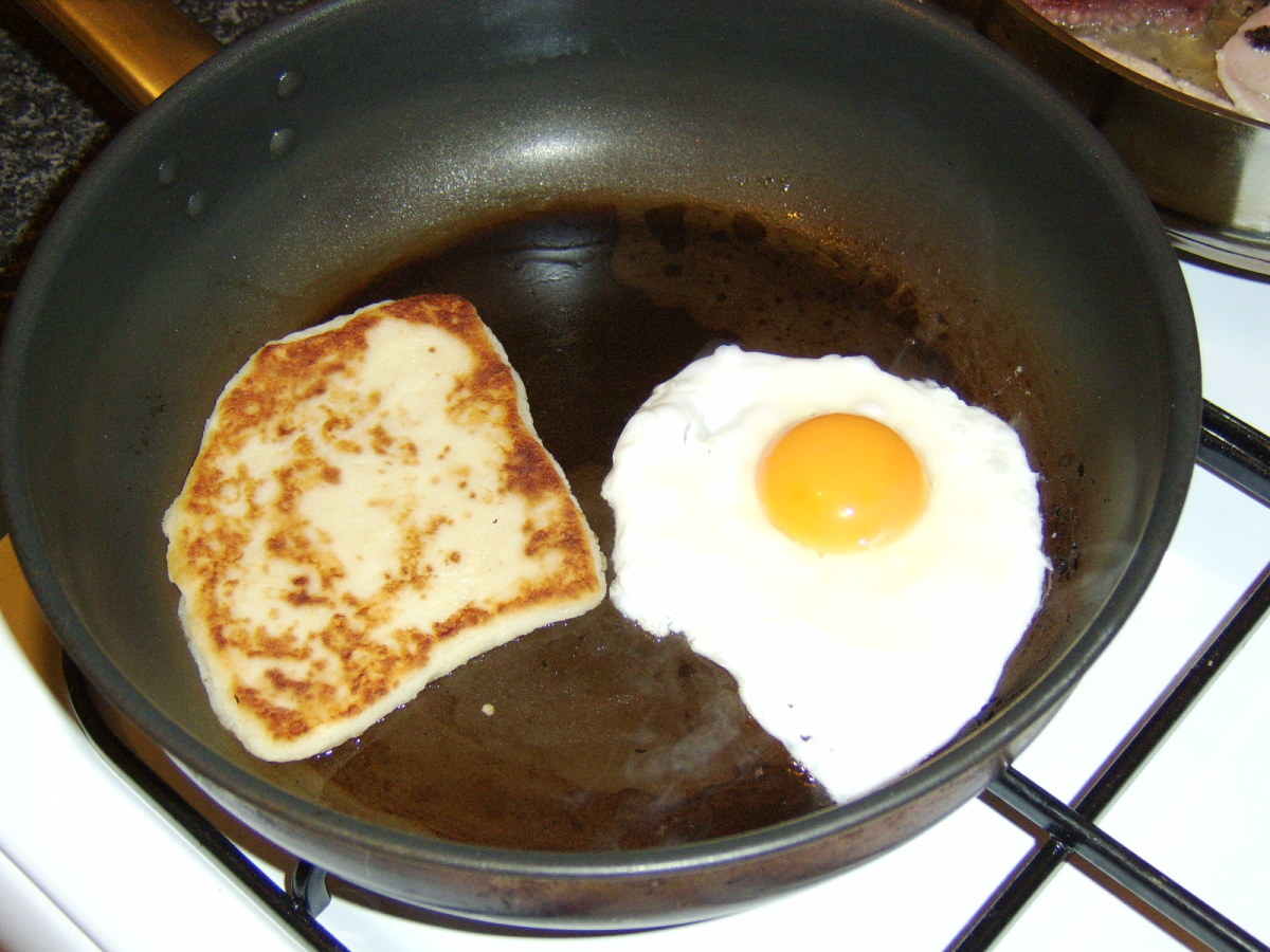 Frying the Egg and Tattie Scone