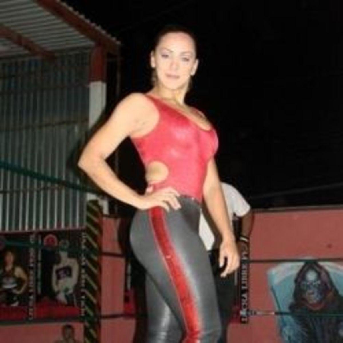 Luchadora Diana la Cazadora