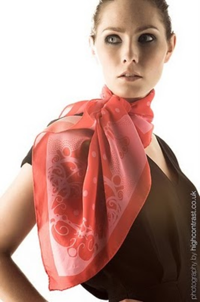 How to tie a scarf-