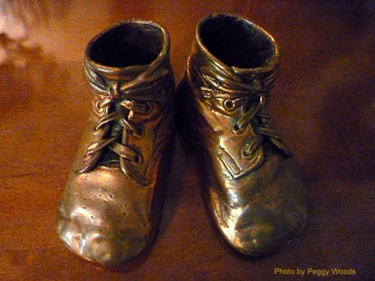 Bronzed Baby Shoes ~ Family Heirlooms and Keepsakes