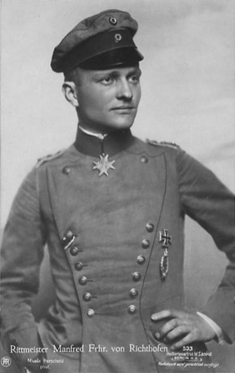 Picture postcard of Manfred von Richthofen. Sanke postcard #533