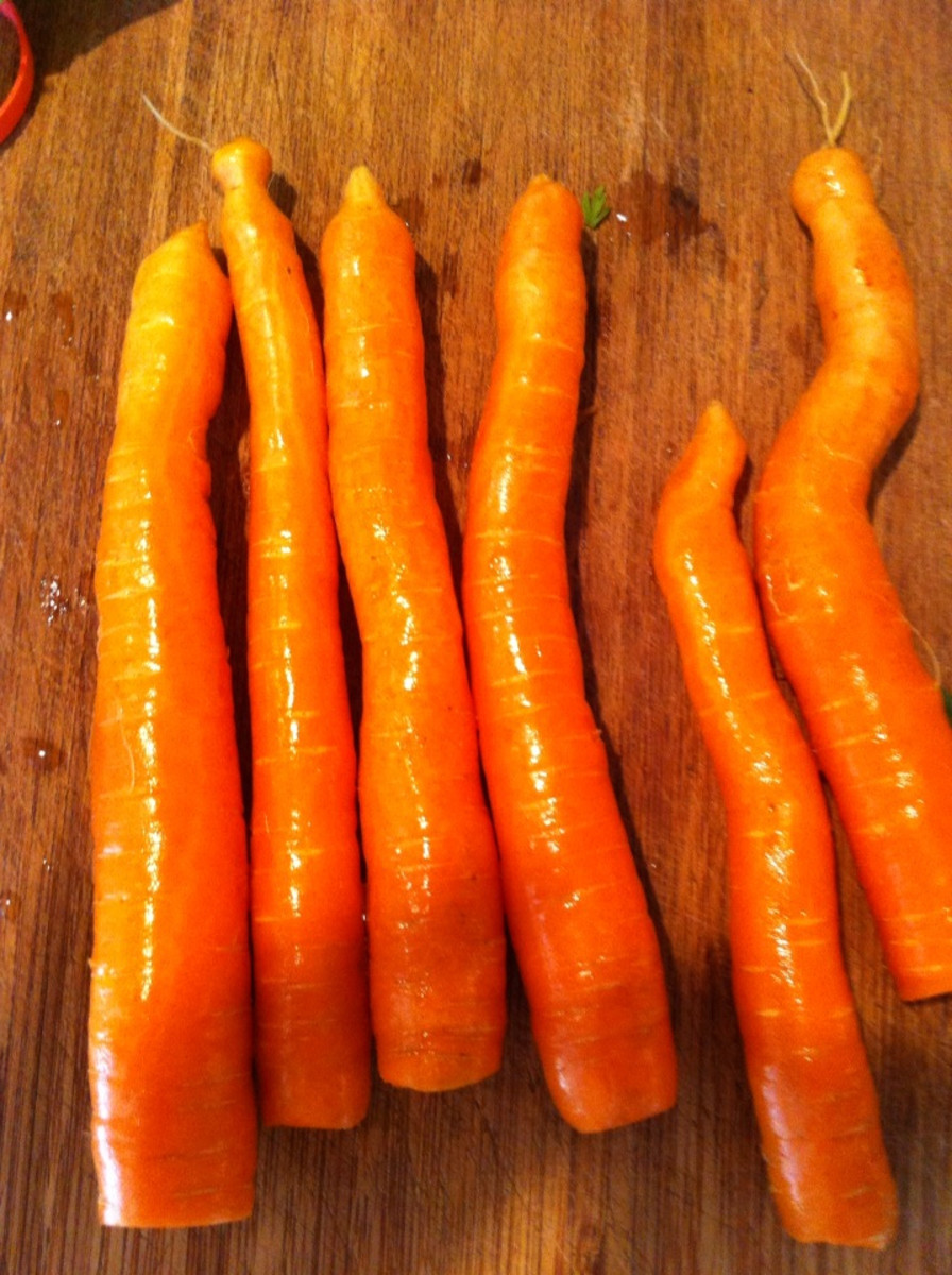 Carrots with top cut off