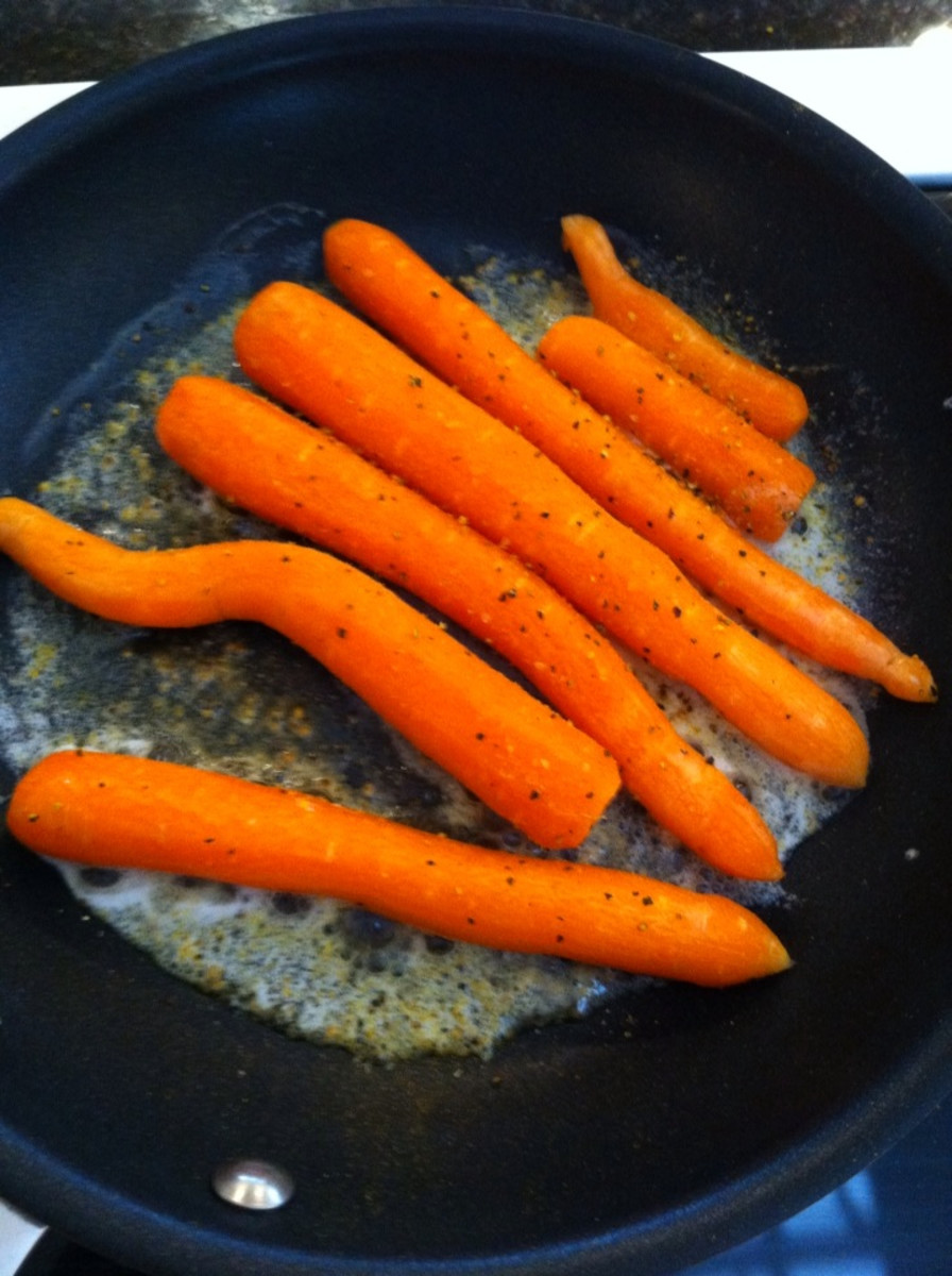 Carrots in a pan with butter
