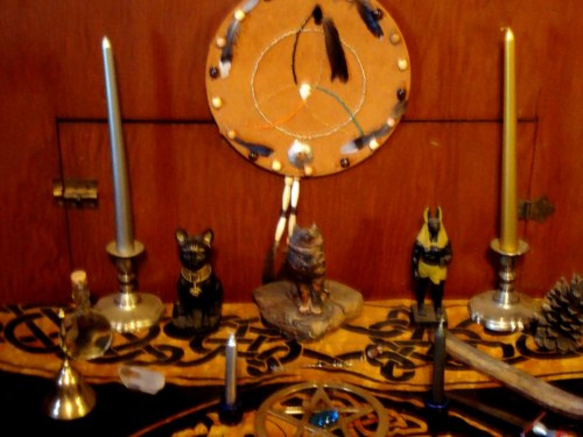 This is the layout of my permanent altar for Ostara.