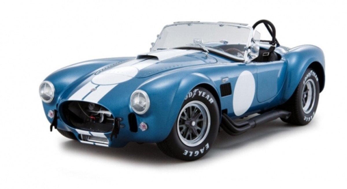 Shelby Cobra 427 S/C Guardsman Blue Diecast by Kyosho