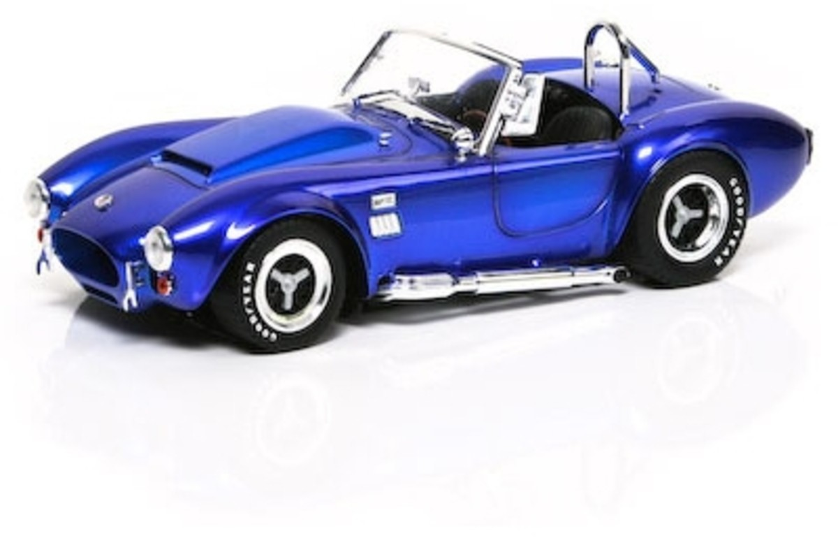 1966 Shelby Cobra 427 S/C Super Snake Diecast by Shelby Collectibles