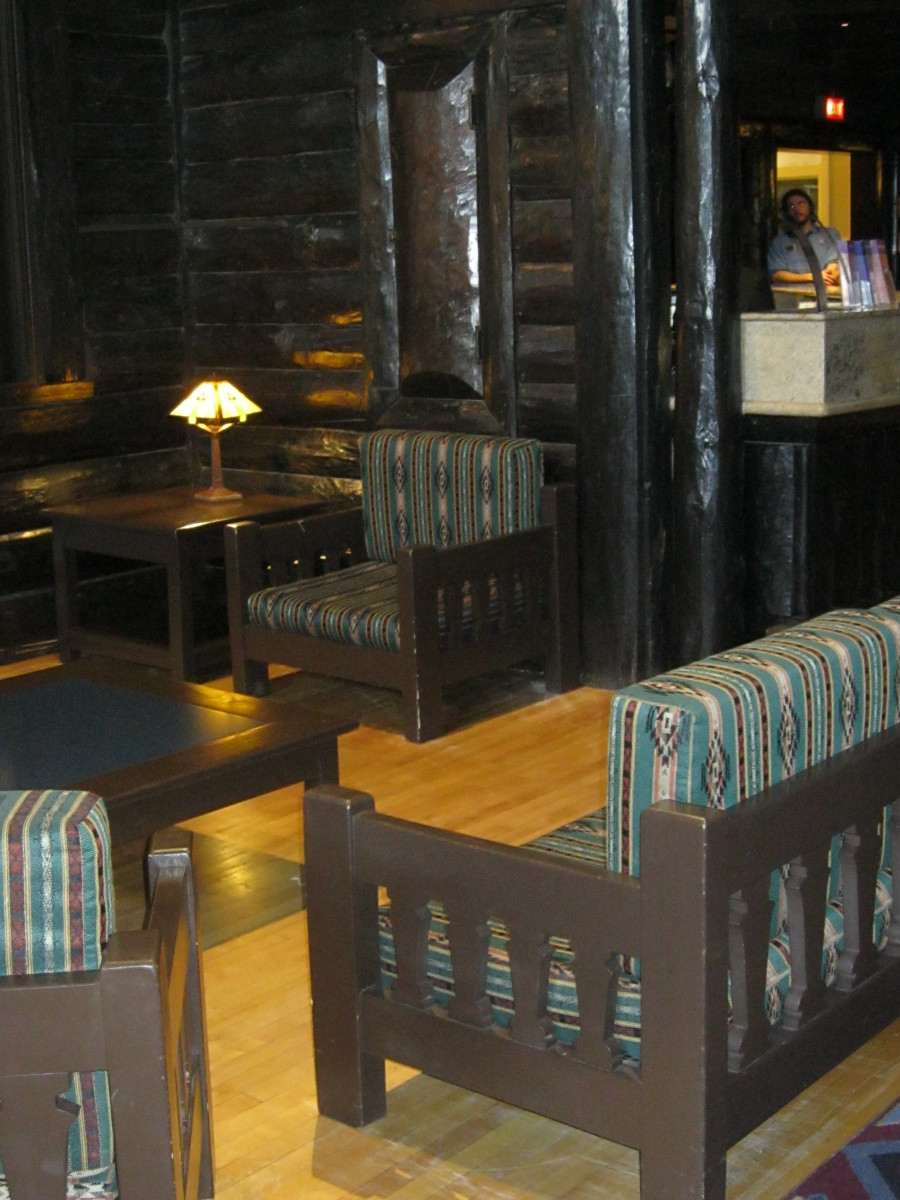 Cozy corner of the El Tovar lobby in character with its historical roots
