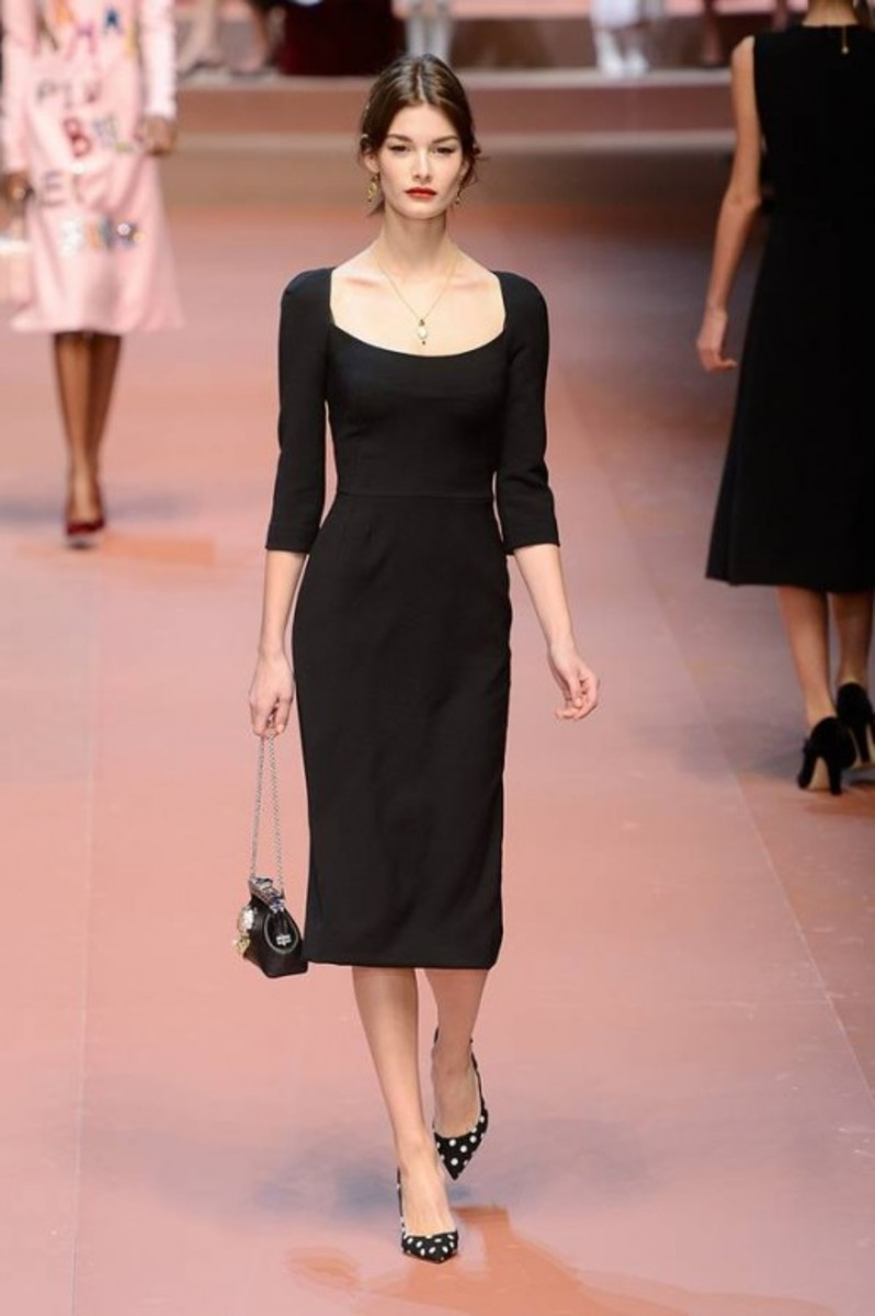 The Classic Sheath Dress That Defies Time