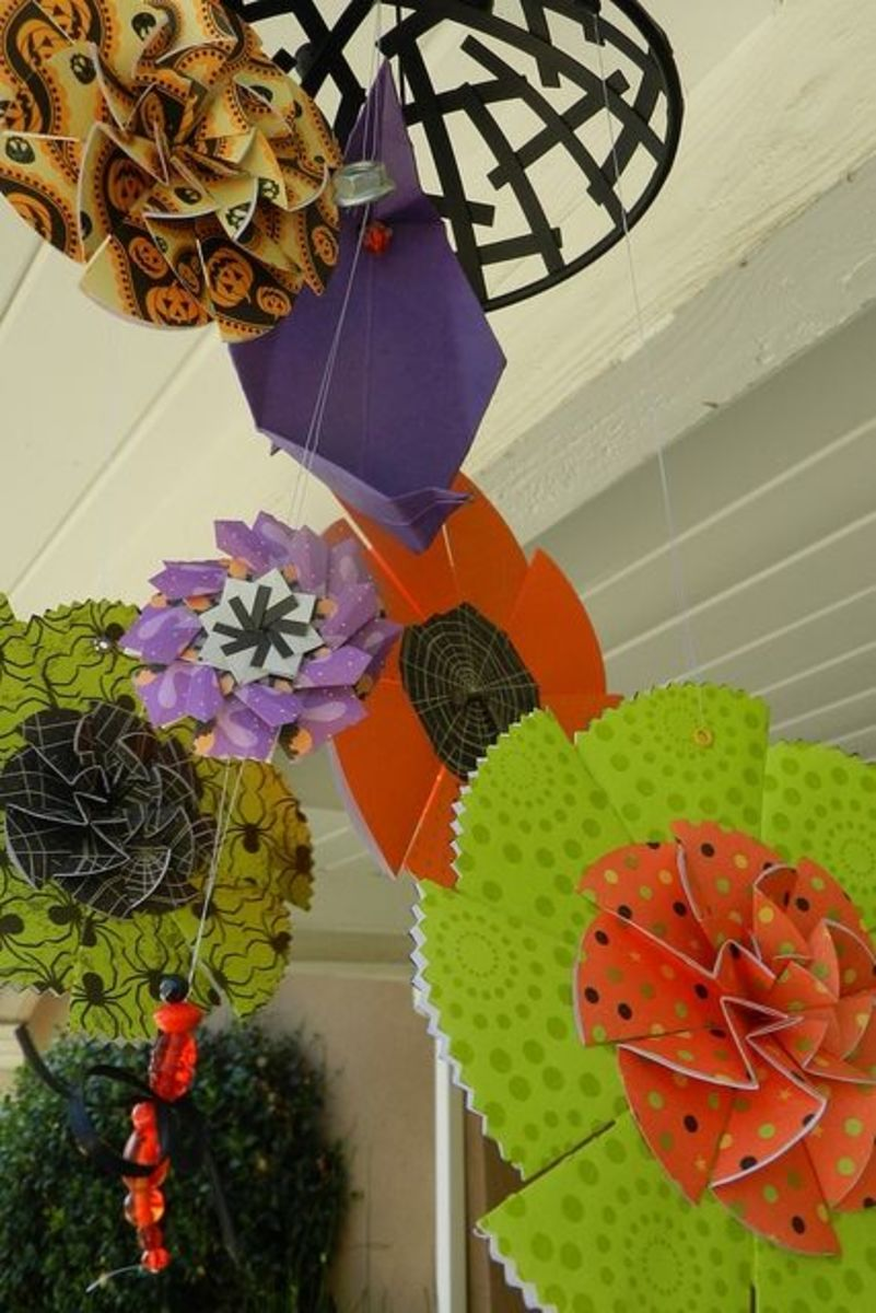 paper-flower-rosette-decoration