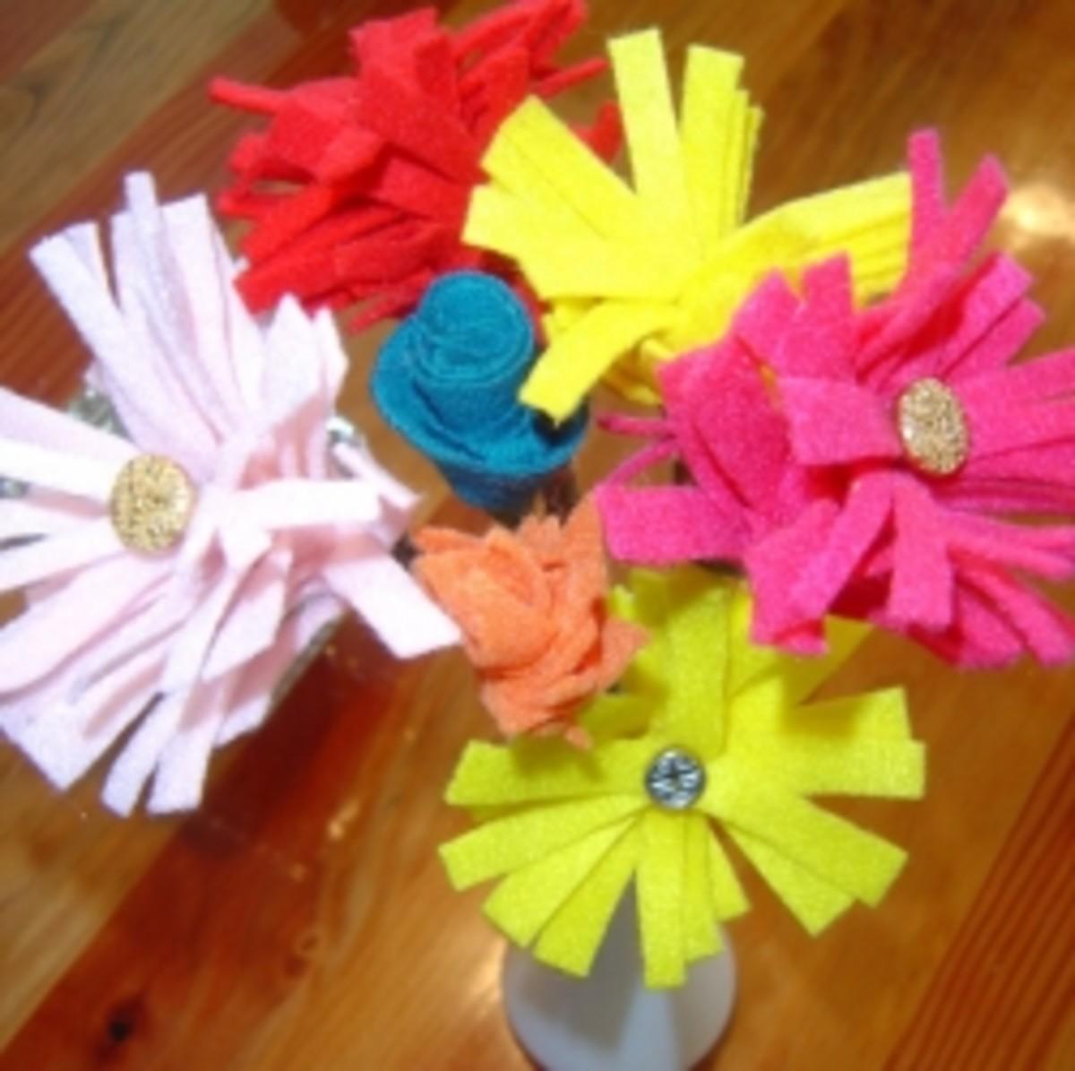 DIY Felt Flower Bouquet