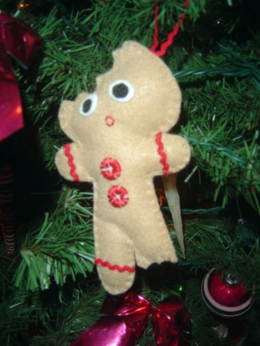 Felt Crafts - Gingerbread Man Ornament