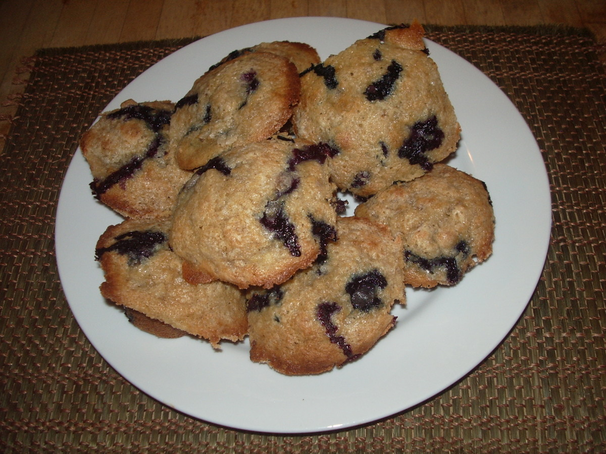 World's Best (and Easiest!) Blueberry Muffin Recipe