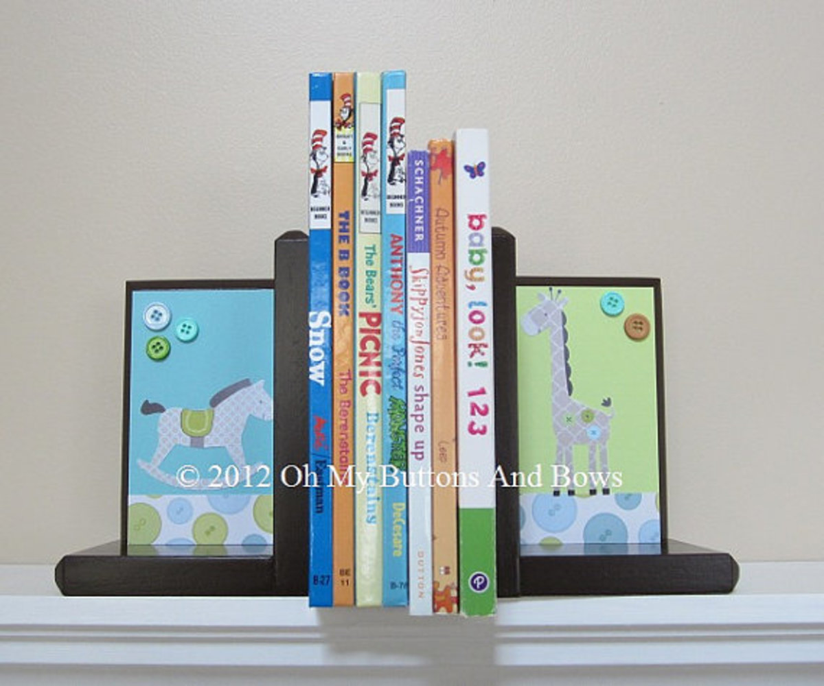 The above set of bookends were made to coordinate with the Toyland Nursery Bedding.