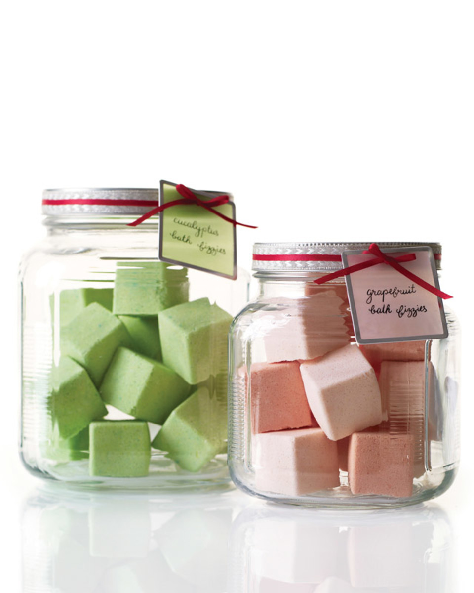 Frugal Handmade Gift Ideas: Homemade Bath and Beauty Recipes