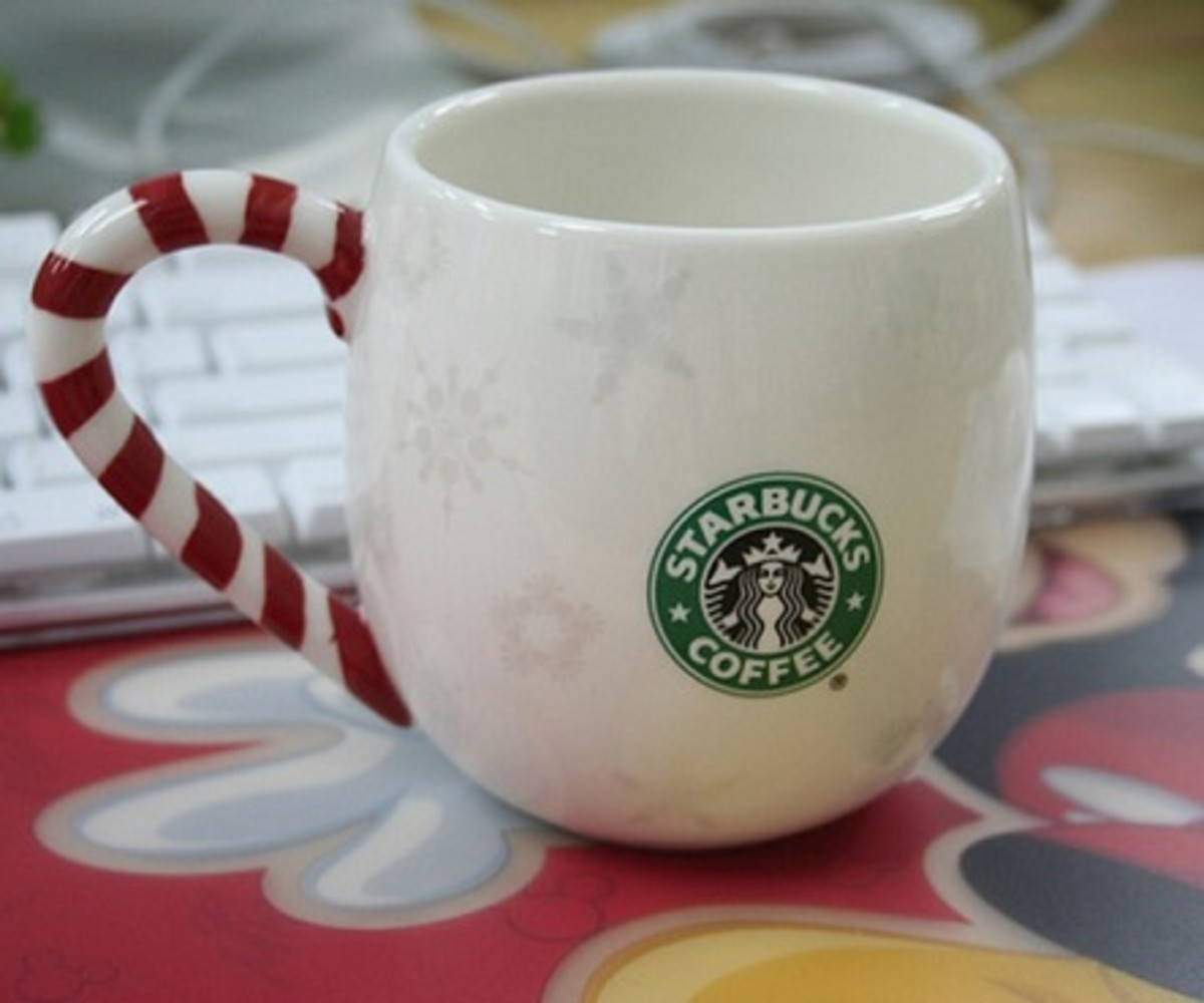 Starbucks Limited Edition 2007 Christmas Mug