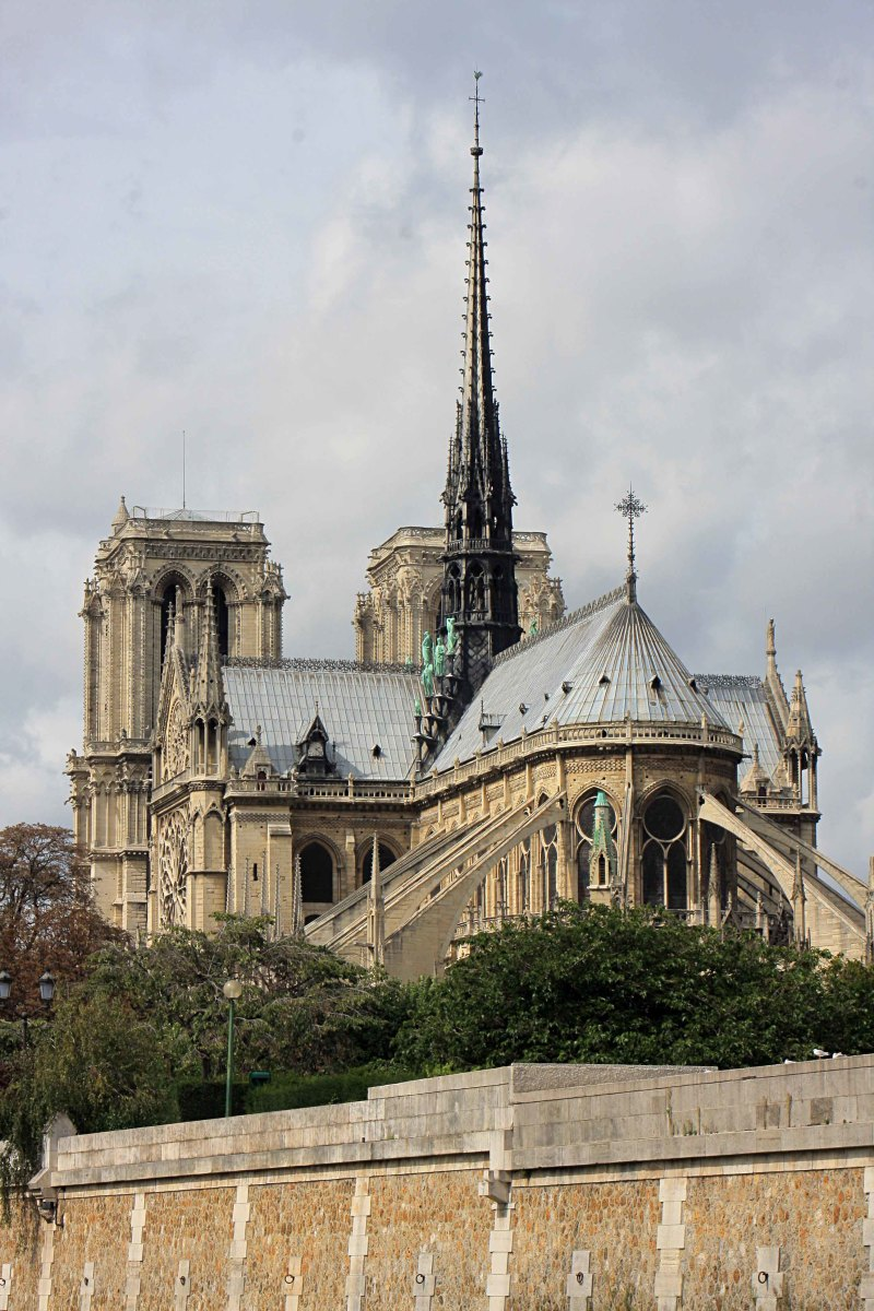 The East Face of Notre-Dame showing the arched flying buttress supports on the exterior, designed to strengthen the walls