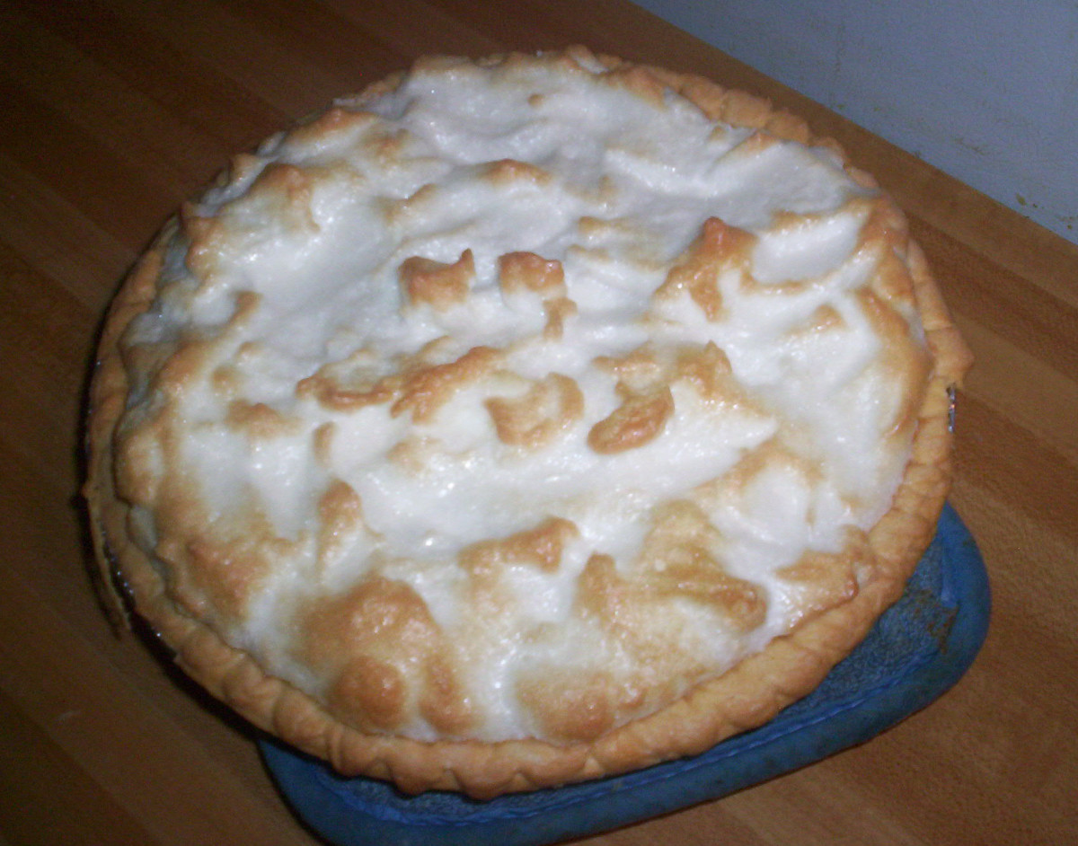 easy-lemon-meringue-pie-made-in-the-microwave