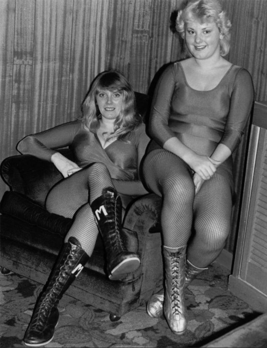 British Female Wrestling - Mitzi Mueller and Nikki Monroe