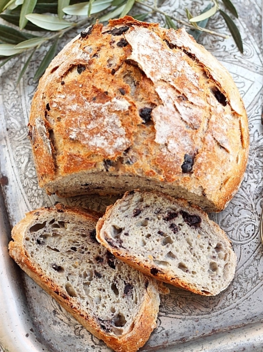 Step by step recipes with pictures: Rustic whole wheat bread recipe
