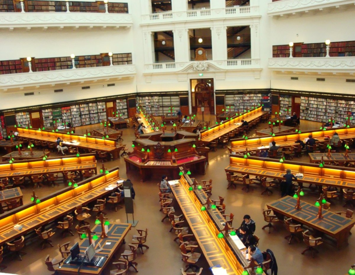 This is a picture of the State Library of Victoria on Swanston St in Melbourne CBD.