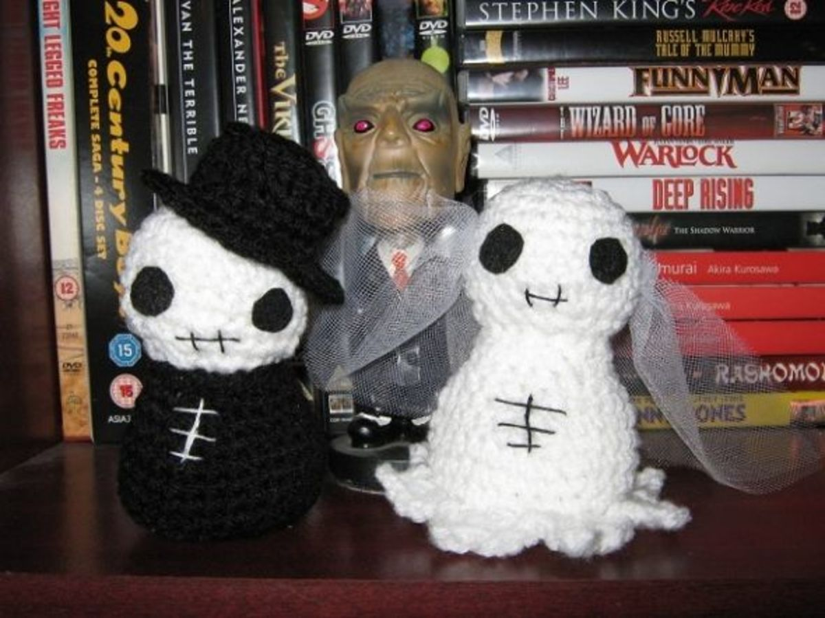 This loving couple are from Creepy Cute Crochet, and brightened up our Halloween.