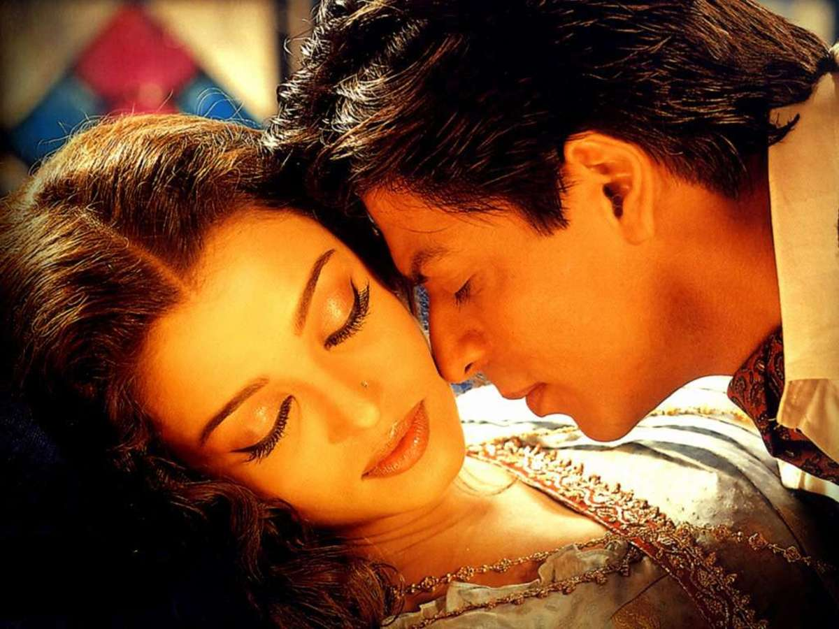 Aishwarya Rai and Shahrukh Khan in Devdas.