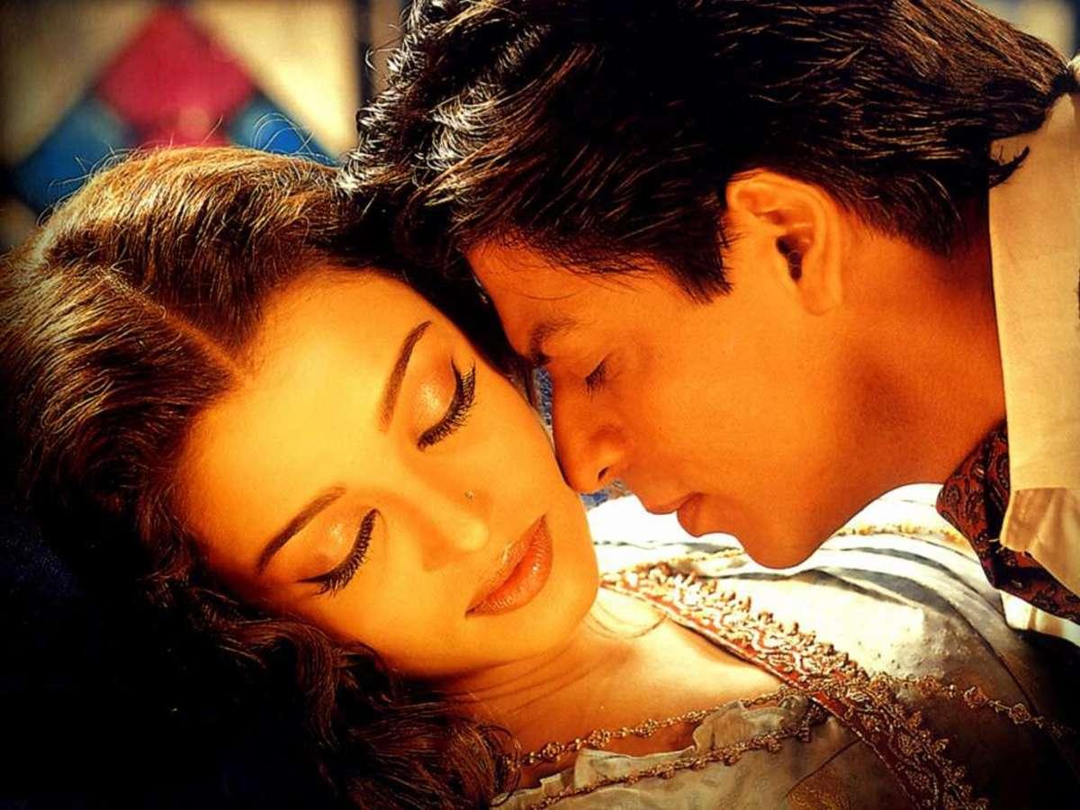 Aishwarya Rai and Shahrukh Khan in Devdas.