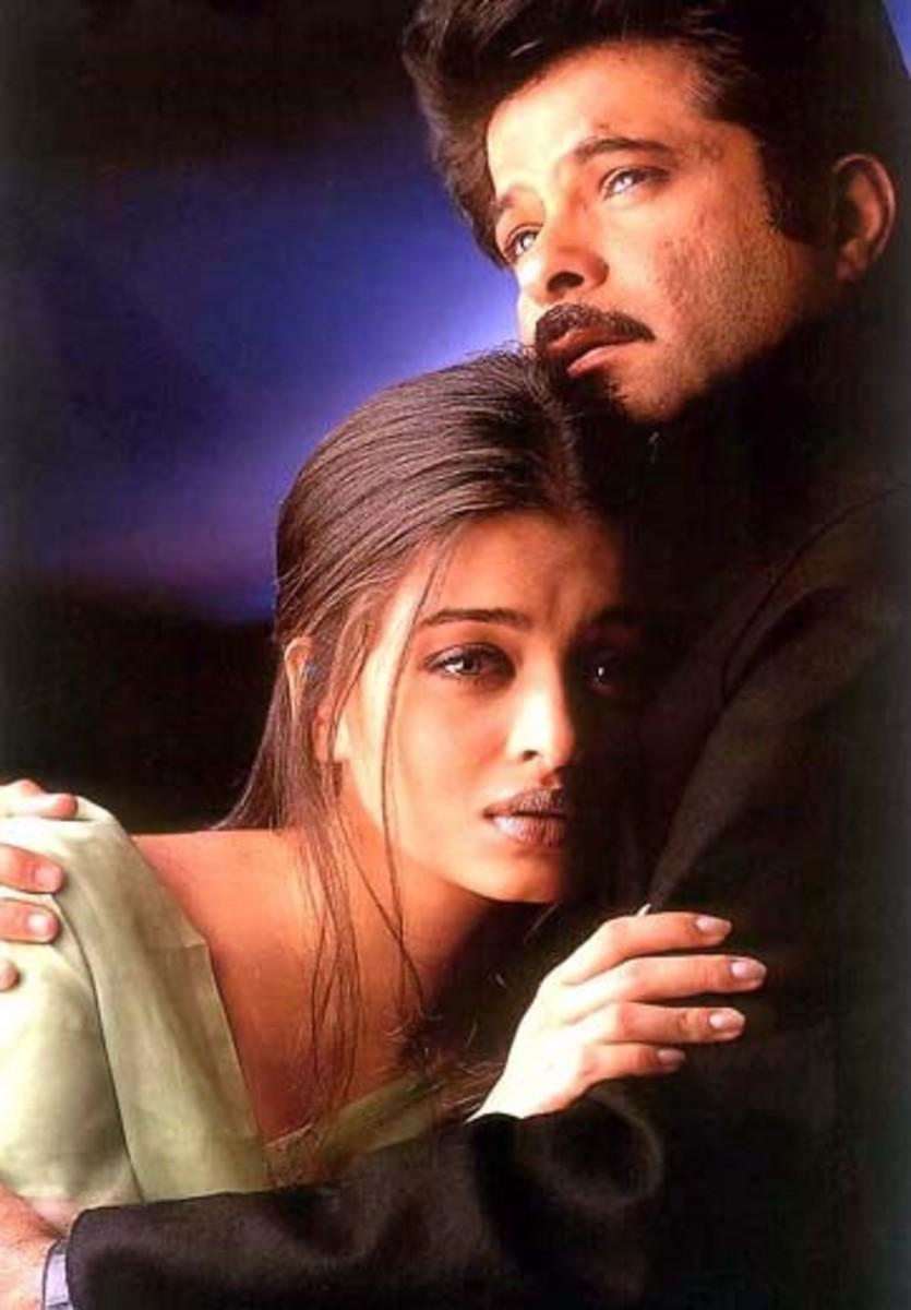 Aishwarya Rai and Anil Kapoor in Hamara Dil Aapke Paas Hai.