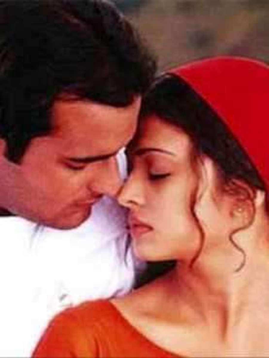 Akshay Khanna and Aishwarya Rai in Taal