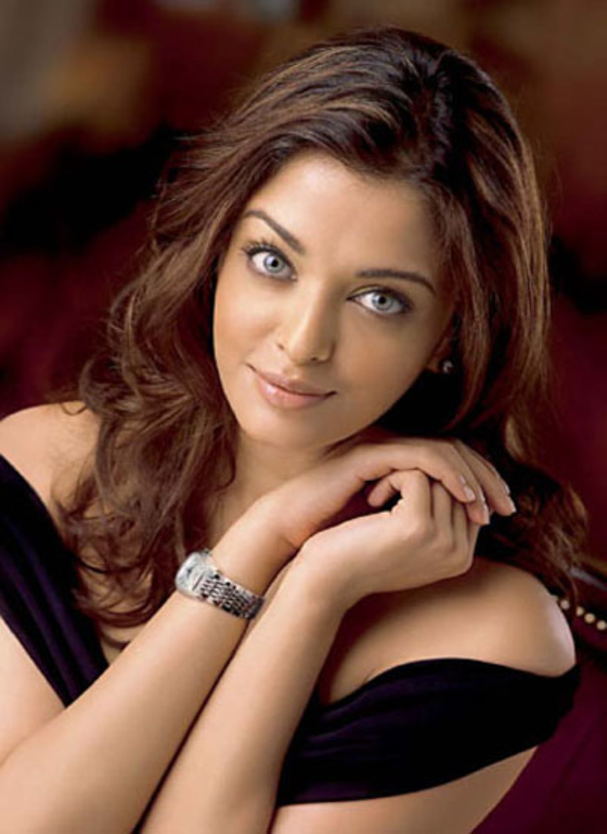 Aishwarya Rai Bachchan is one the most beautiful actresses who has made a mark not only in India but also Abroad. She has won several Awards for her performance in Movies and is married to the Bollywood Actor Abhishek Bachchan.