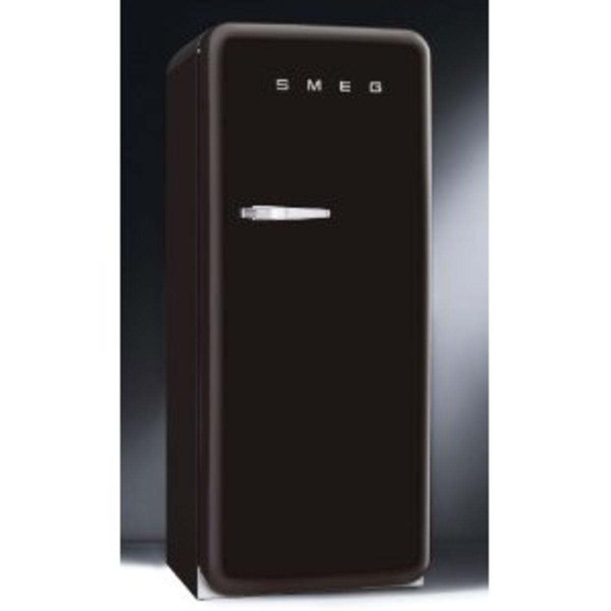 Black beauty - Smeg fridge