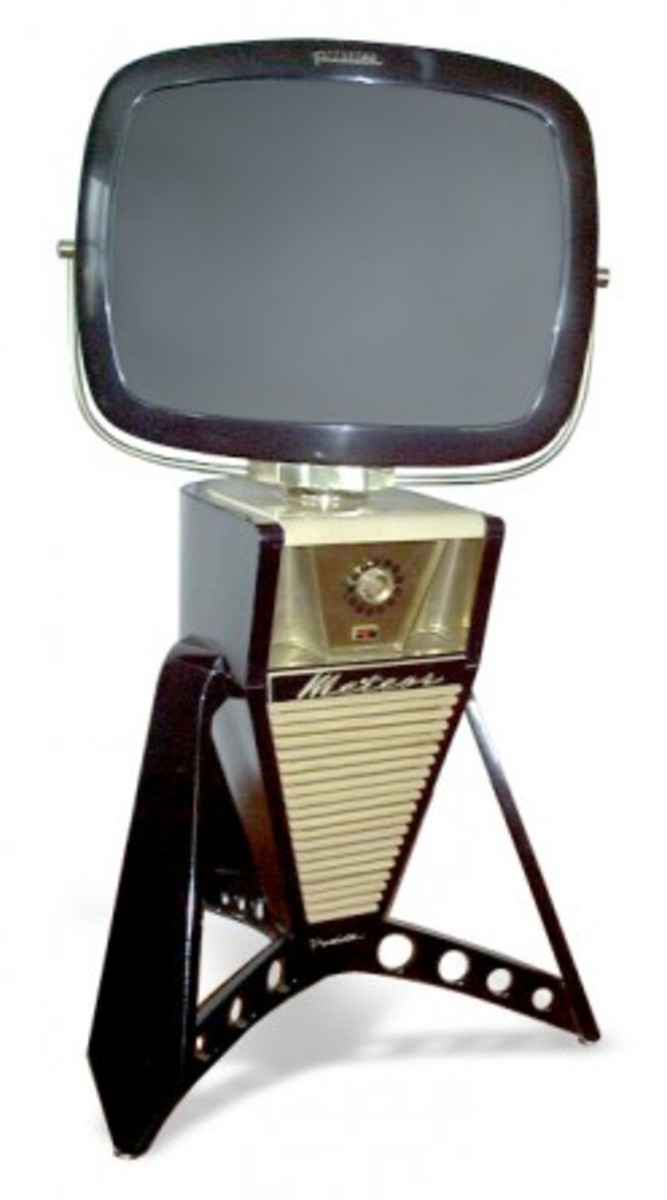 Vintage TVs, Fridges and Small Appliances