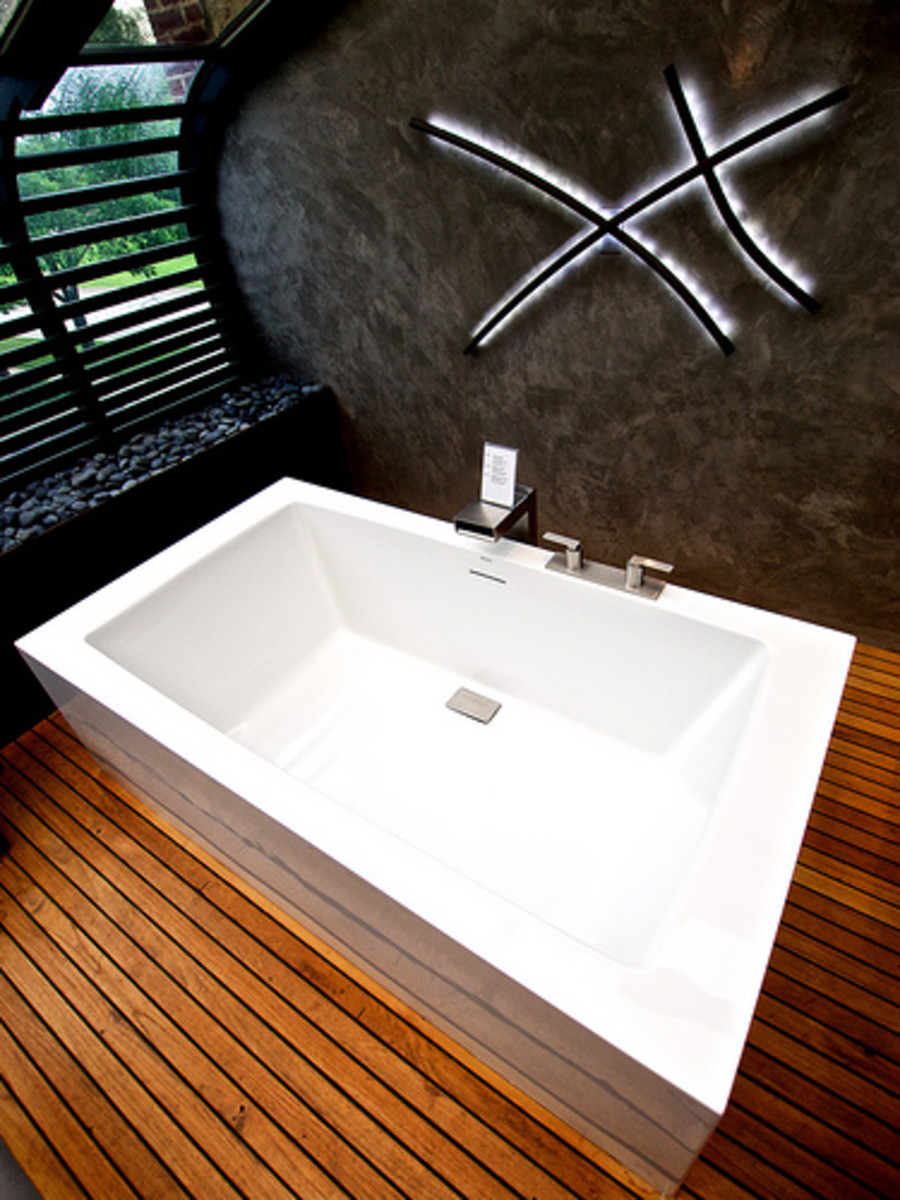 Modern Zen Bathroom with Wood Flooring and Painted Walls with Stone Effect