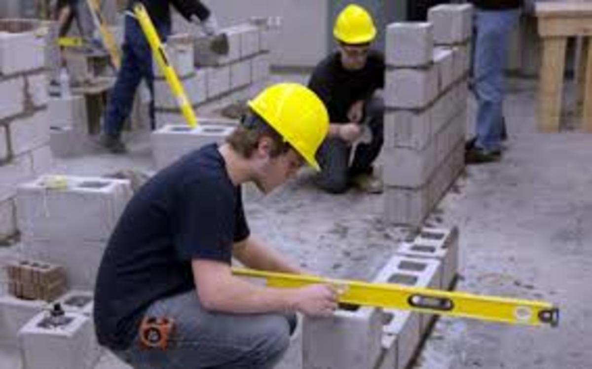 After learning how to use the trowel properly a bricklayer should know how to use the spirit level, because bricks or blocks are laid level and plumb, bricklayer need a very accurate spirit level and know how to use it properly.