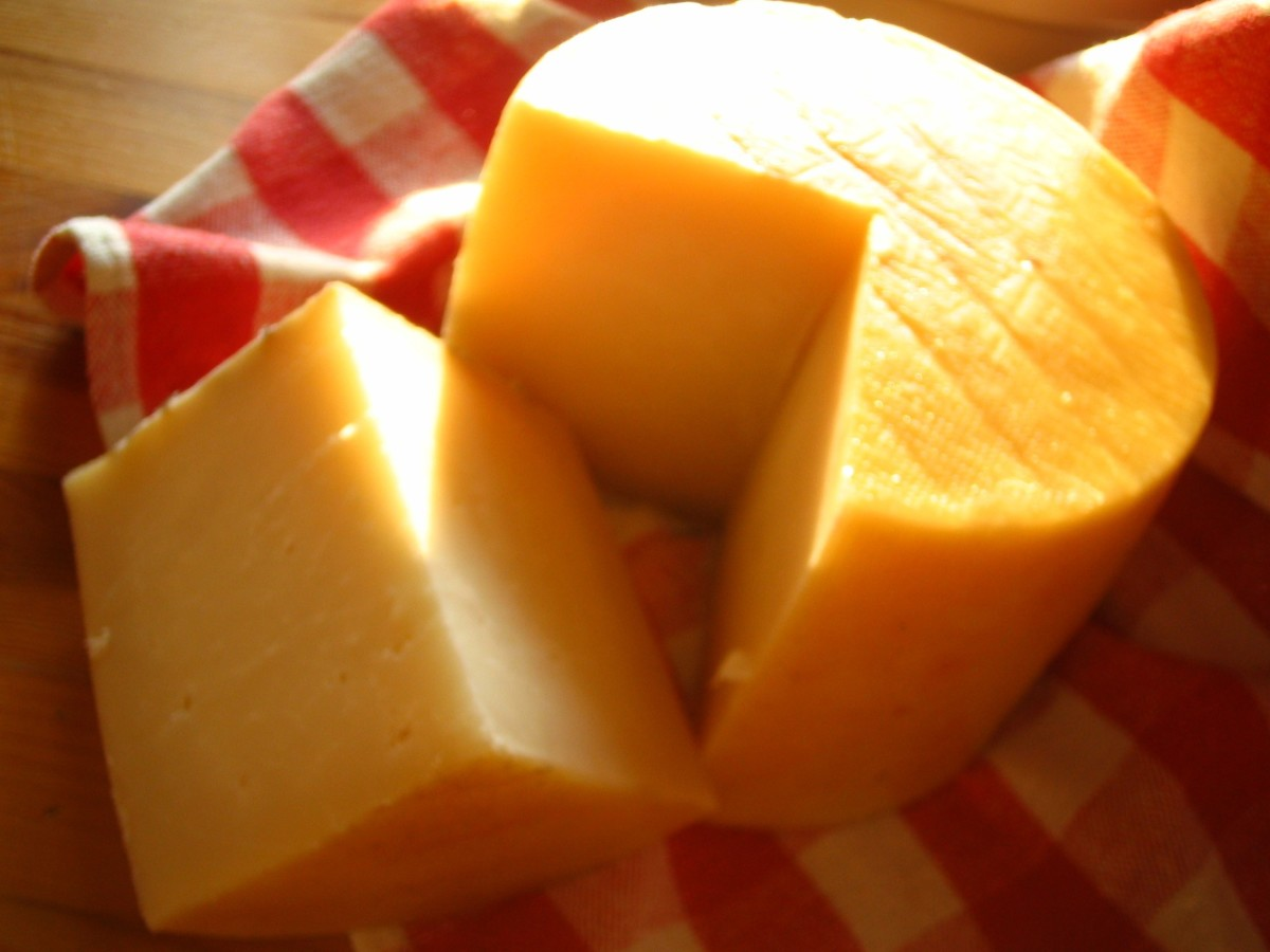 Cheese and other dairy products are a natural source for L-carnitine.