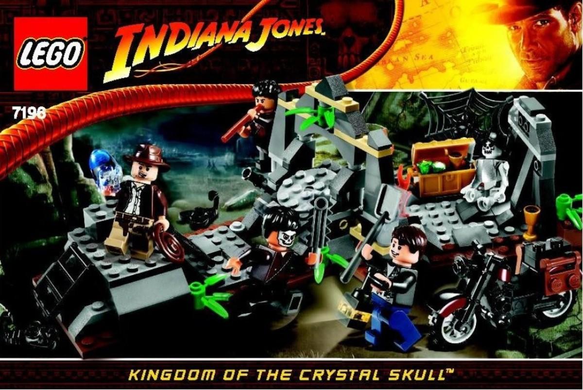 Lego Indiana Jones Chauchilla Cemetery Battle 7196 Box