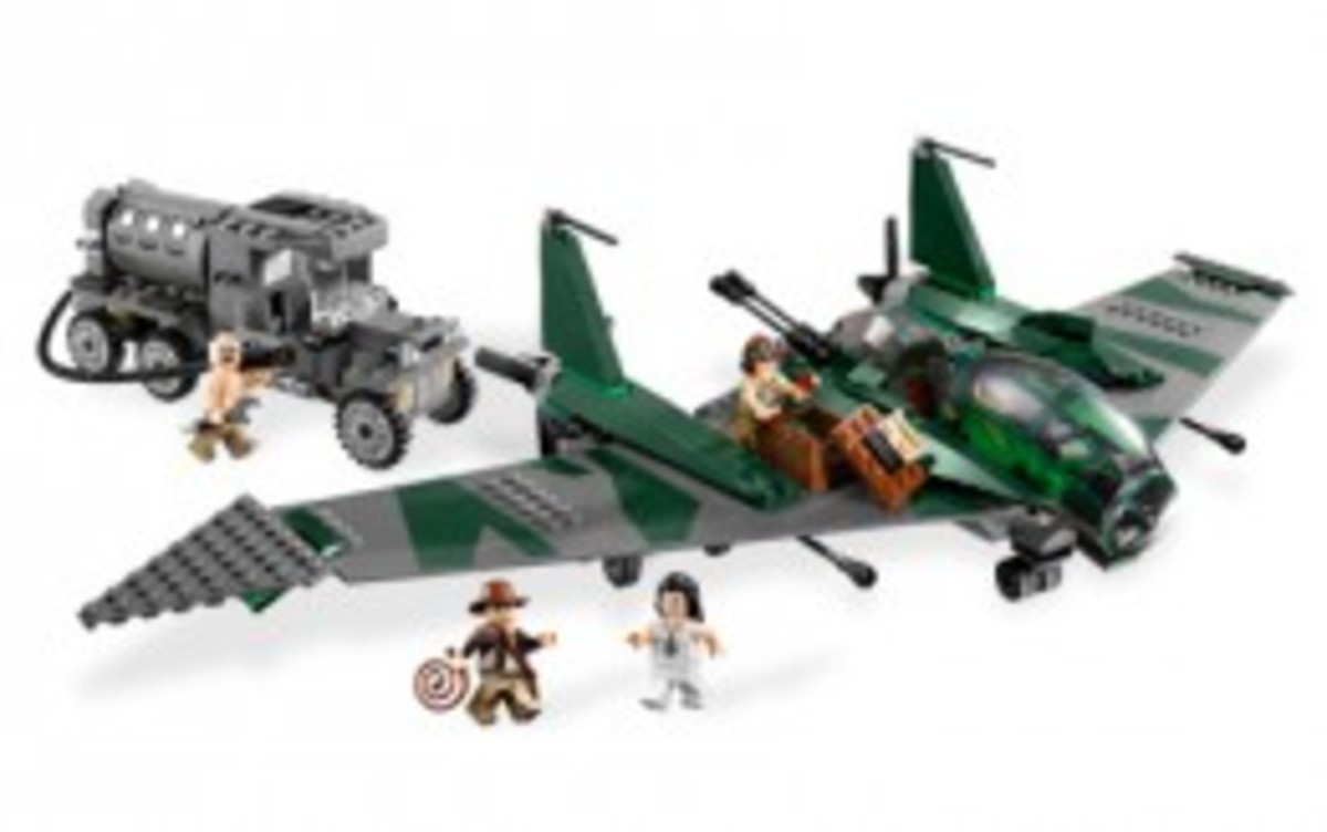 Lego Indiana Jones Fight On The Flying Wing 7683 Assembled