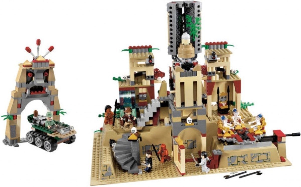 Lego Indiana Jones Temple of the Crystal Skull 7627 Assembled