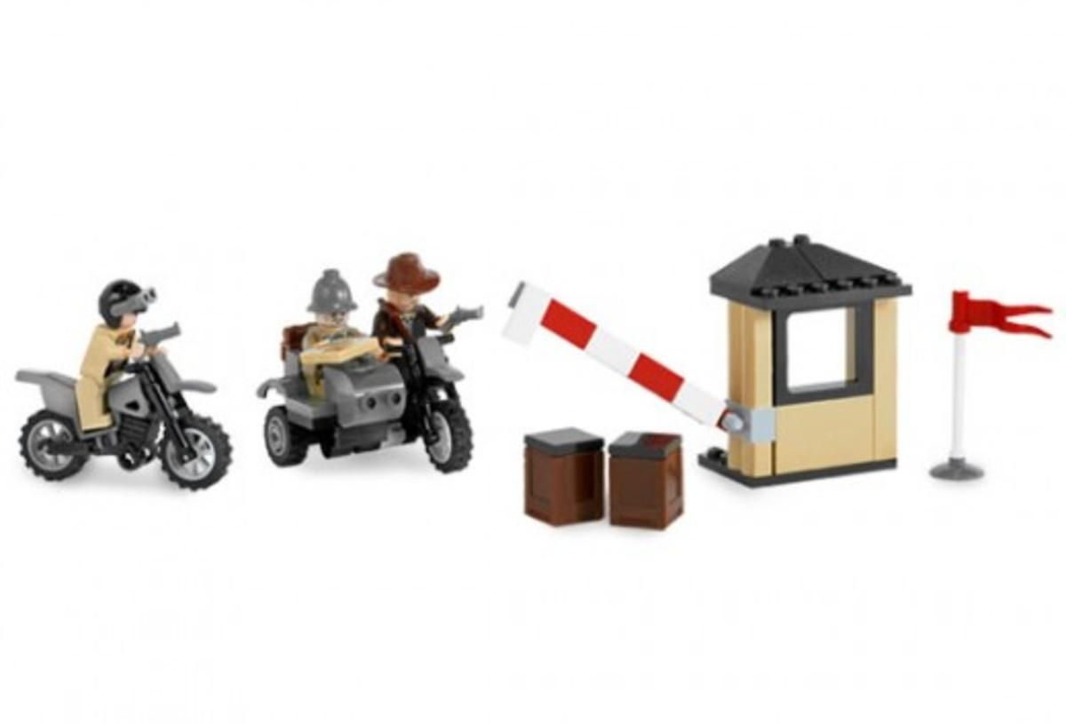 Lego Indiana Jones Motorcycle Chase 7620 Assembled