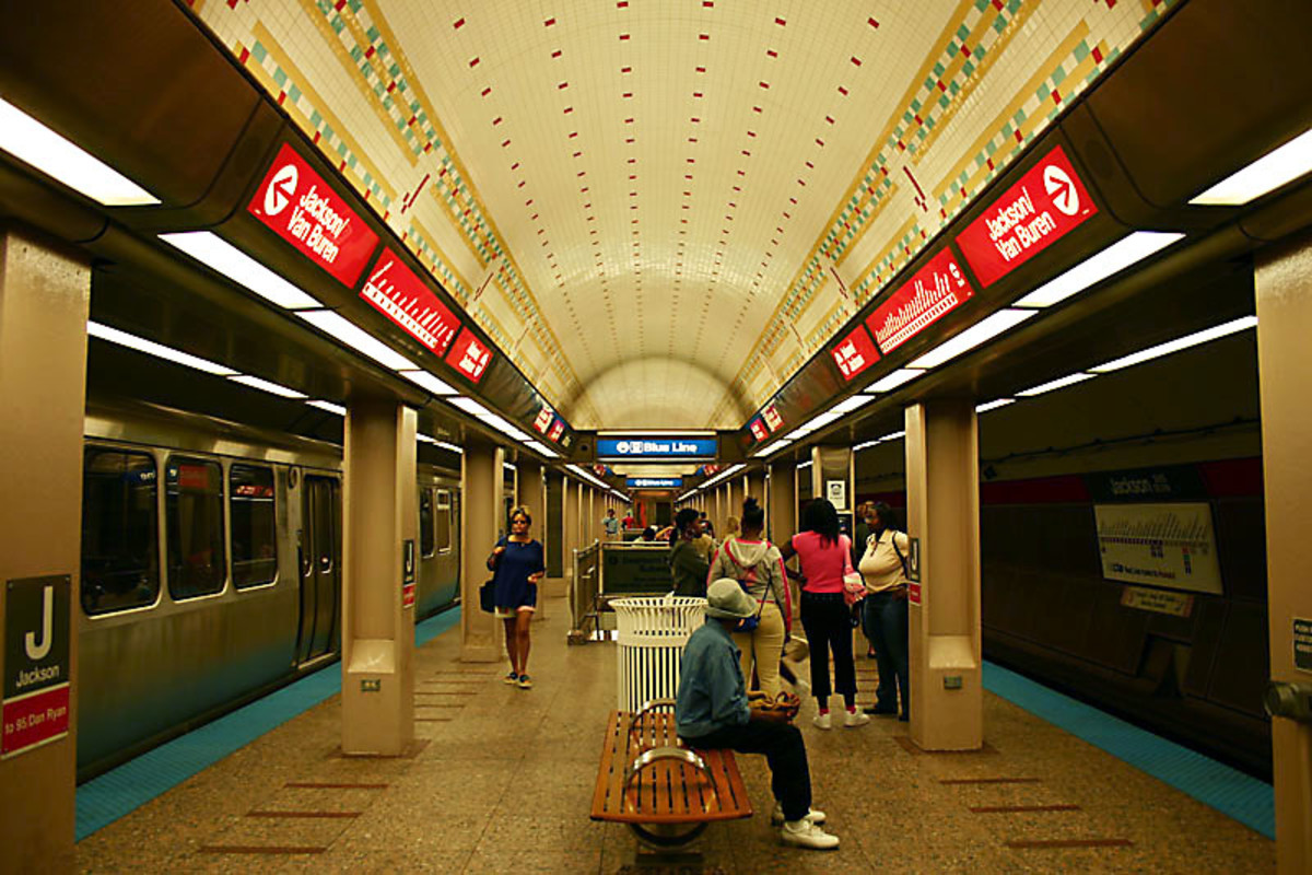 The Jackson Station on the CTA Red Line.