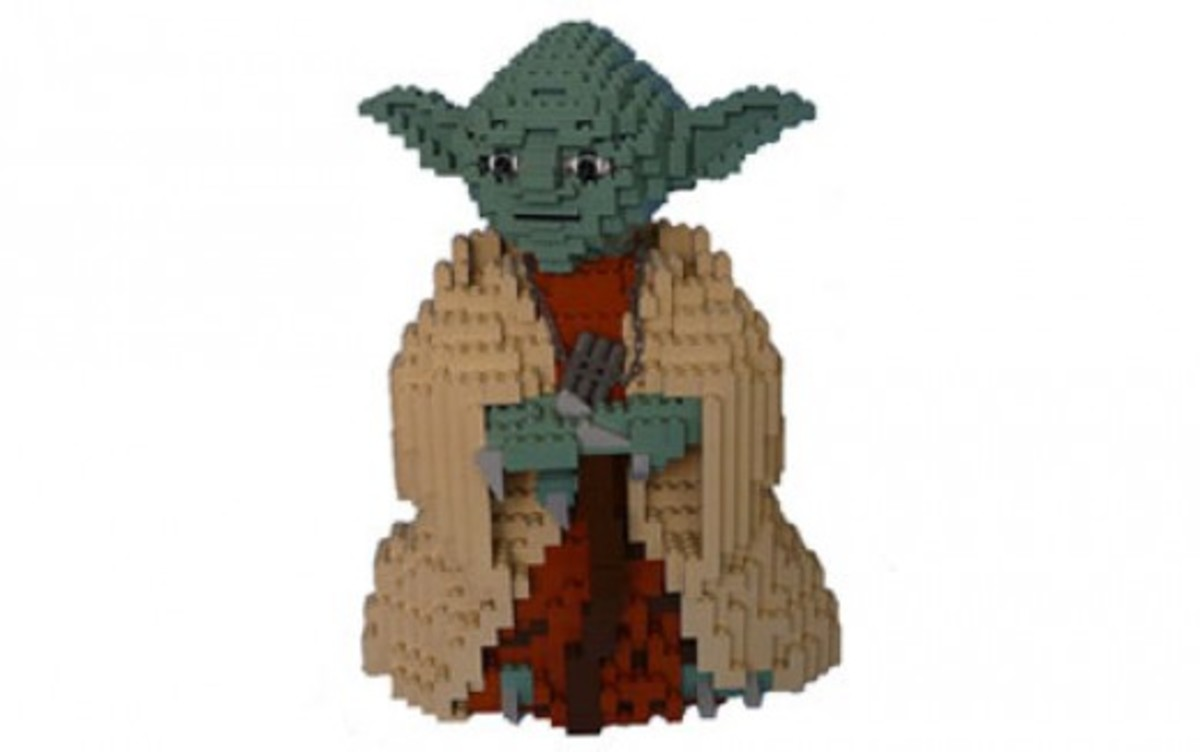 Lego Star Wars Yoda 7194 Assembled