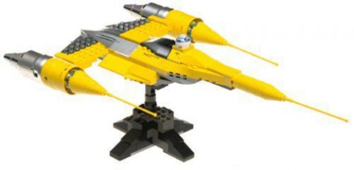 Lego Star Wars Naboo Starfighter Assembled