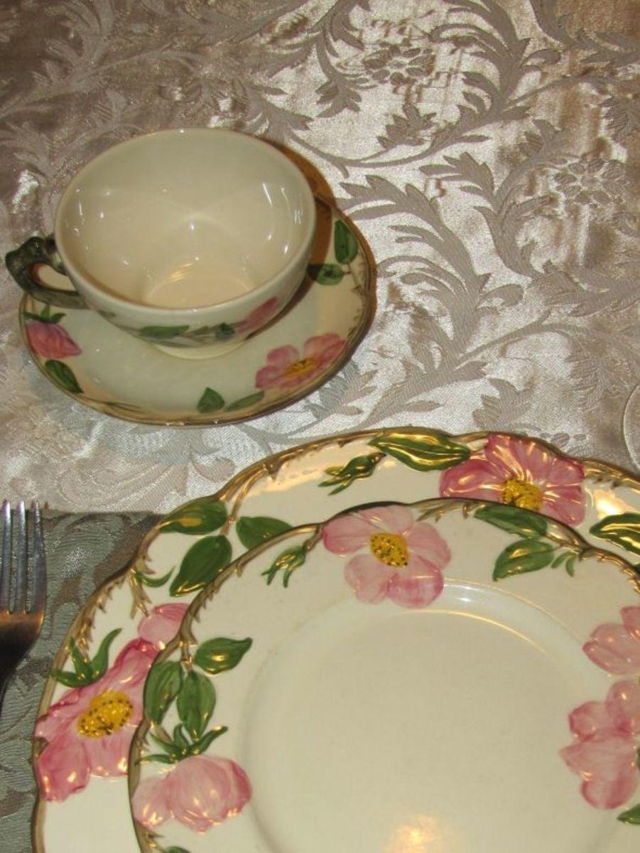 franciscan-desert-rose-china-is-still-popular